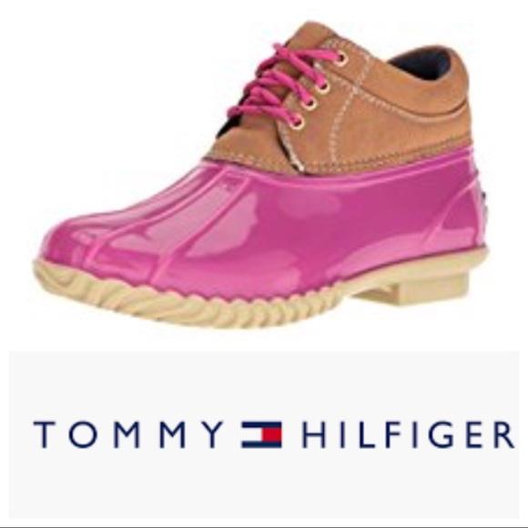 a3c17a071d4bfb Tommy Hilfiger pink duck boots. M 5a62015861ca10cda0ad9a76